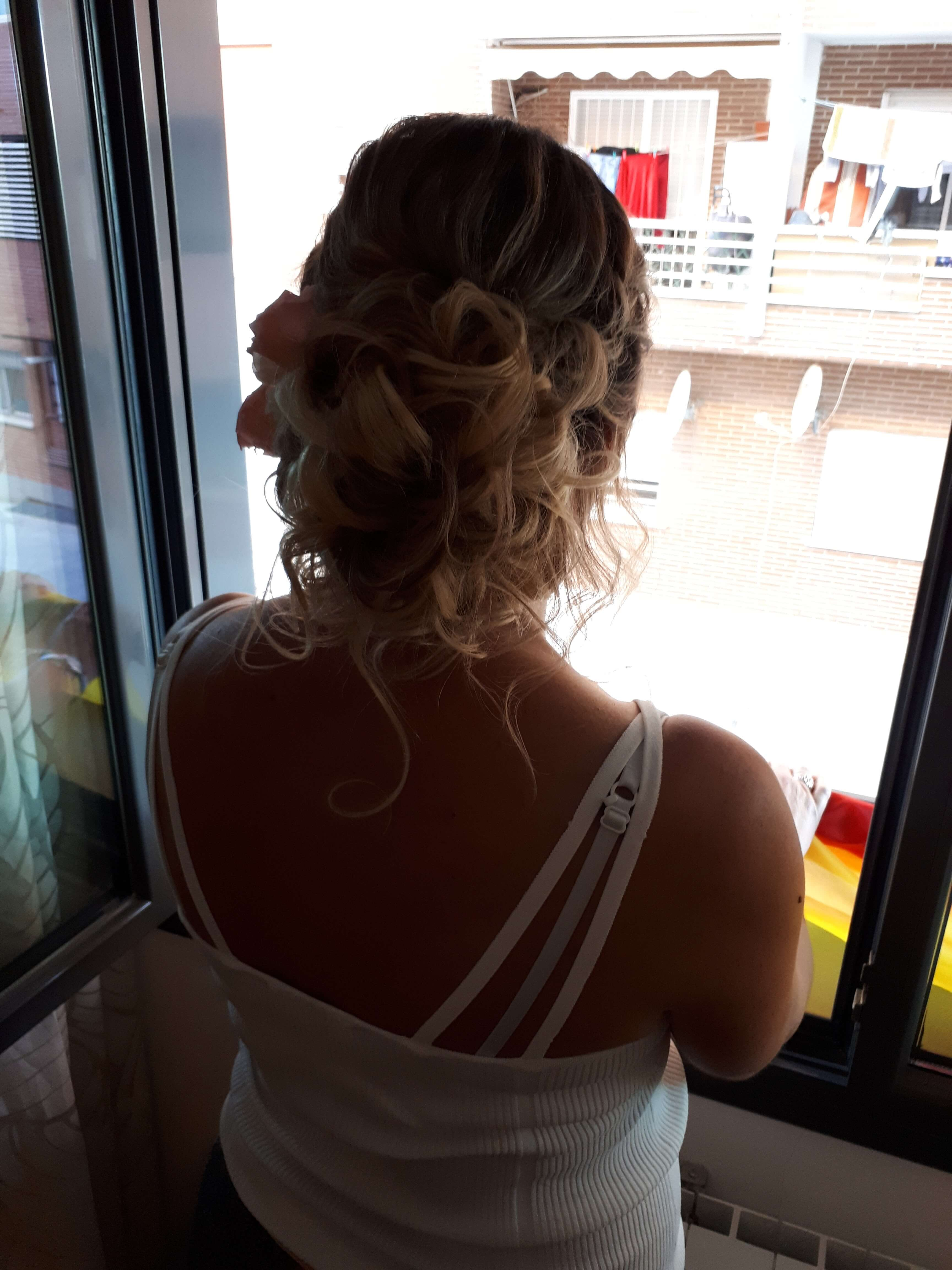 prueba-maquillaje-peinado-recogido-novia-9